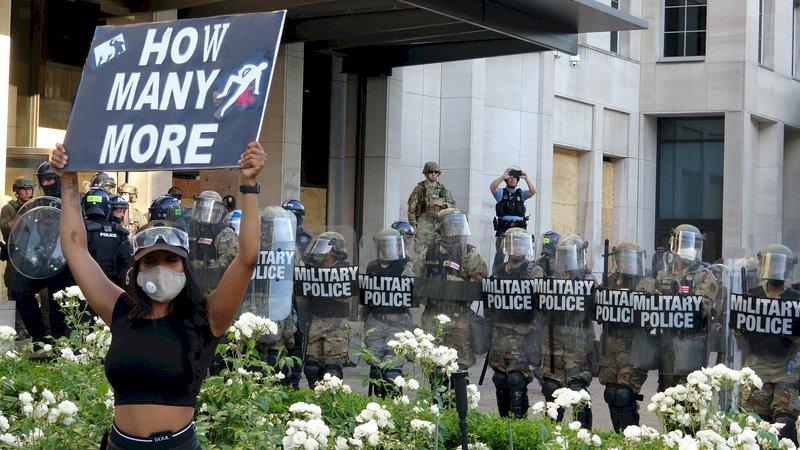 美示威潮未歇 國民兵守華府正規軍城外待命
