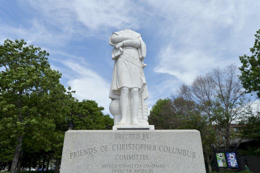 美國掀反種族主義風潮 波士頓哥倫布雕像遭斬首