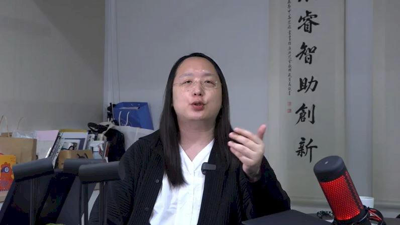 法新社專訪唐鳳:讓性別認同成為資產