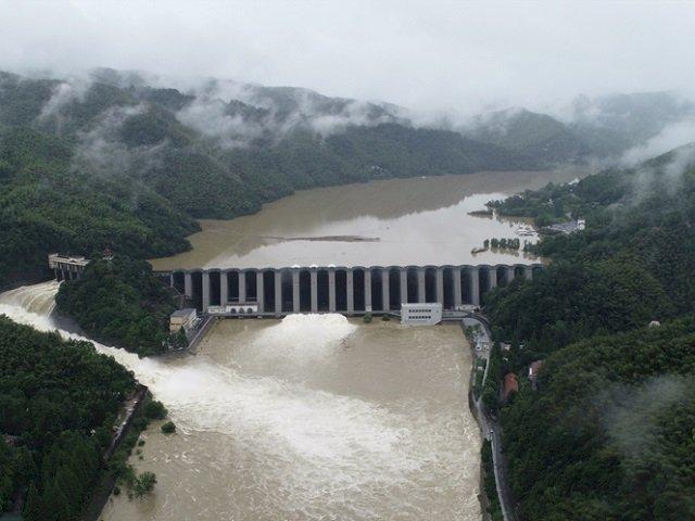 三峽大壩危機!暴雨加地震 中國今急發長江洪水警戒
