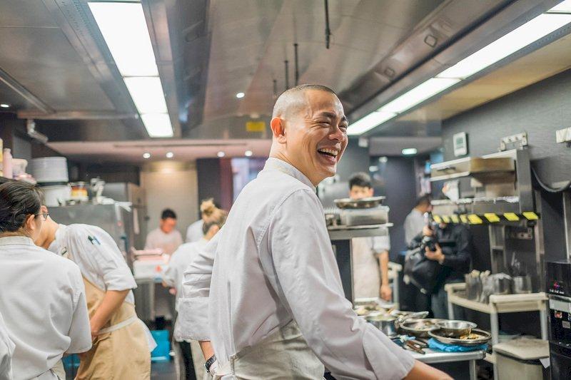 紀錄片初心,看台灣米其林主廚江振誠的料理之路