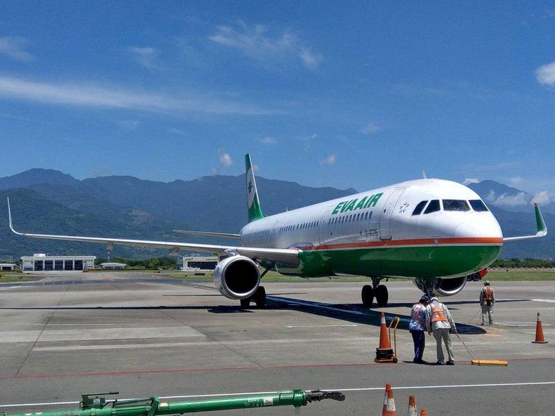 香港飛航情報區拒立榮包機飛東沙 僅告知有危險活動