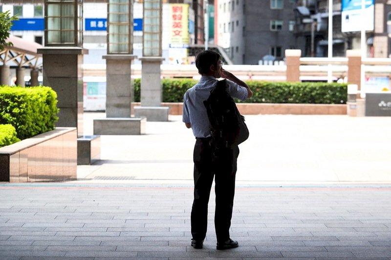 無薪假再增972人 實施人數近1.8萬人