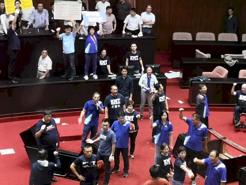 立院朝野衝突中停止監委人事案審查 在野黨團齊聲抗議