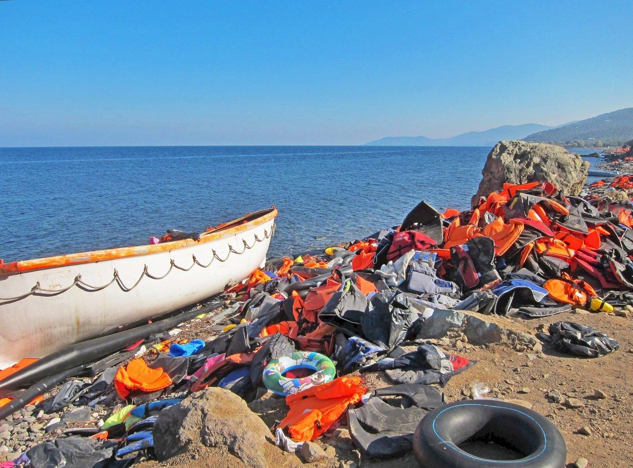 聯合國:近百移民受困地中海 可能溺斃