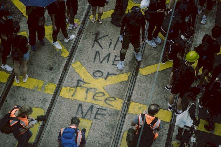 身為香港人的我們 能擺脫習得性無助嗎?