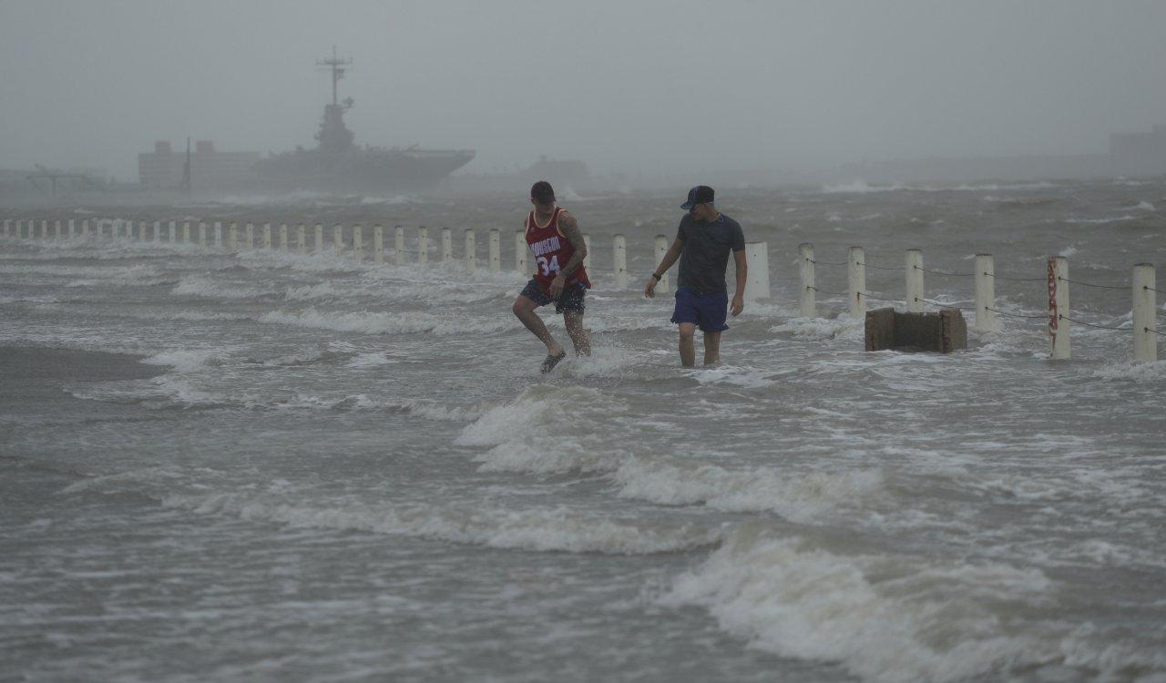 美墨圍牆擋不住 漢娜颶風發威肆虐德州