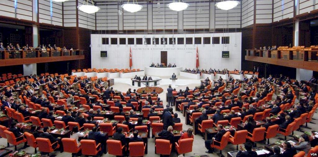 土國通過爭議法案 擴權控制社群媒體