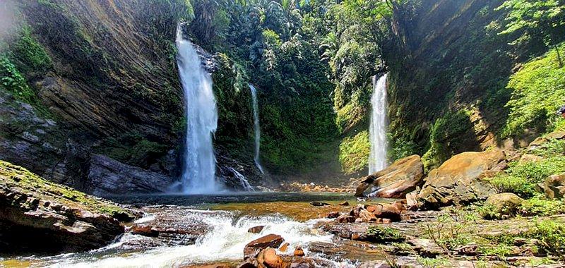 儘管長期受到馬來西亞中央政府忽視,導致砂拉越州能見度不高,但州政府近年積極透過社群媒體宣傳熱帶雨林景象與海底風光,讓國內外遊客發現這裡隱藏的天然寶藏。
