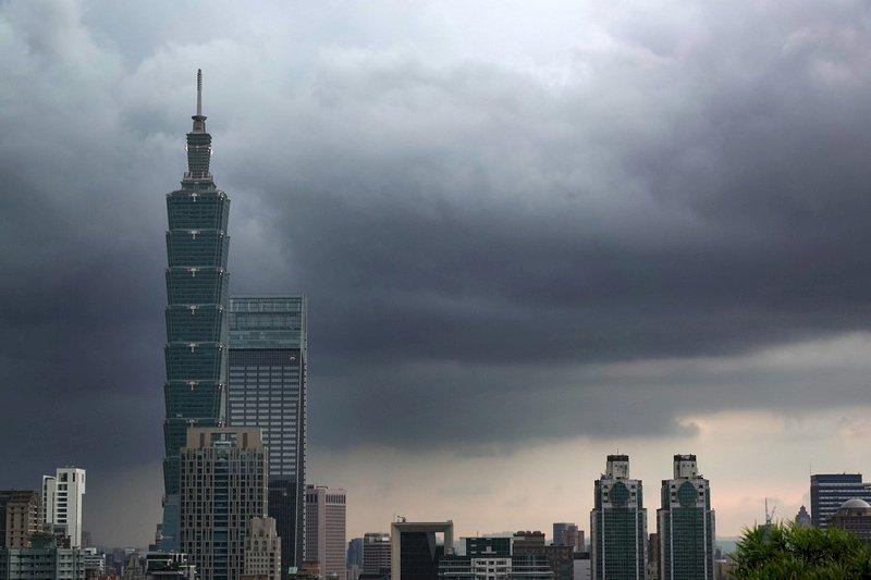 「米克拉」進逼澎湖、金門 午夜後嚴防強風豪雨