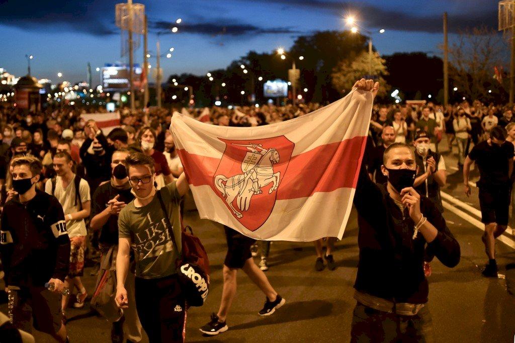 白俄羅斯大選爭議動亂延燒 警方拘留逾6700人