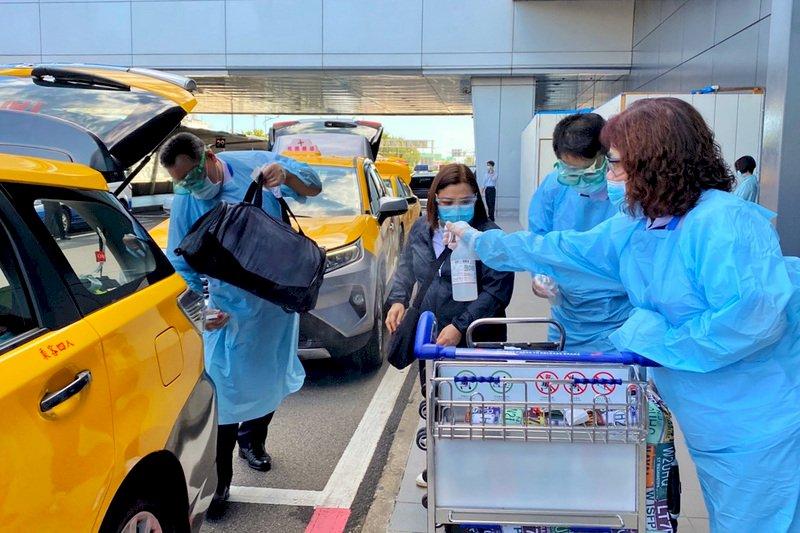 檢疫升級  桃機:入境旅客須搭防疫計程車