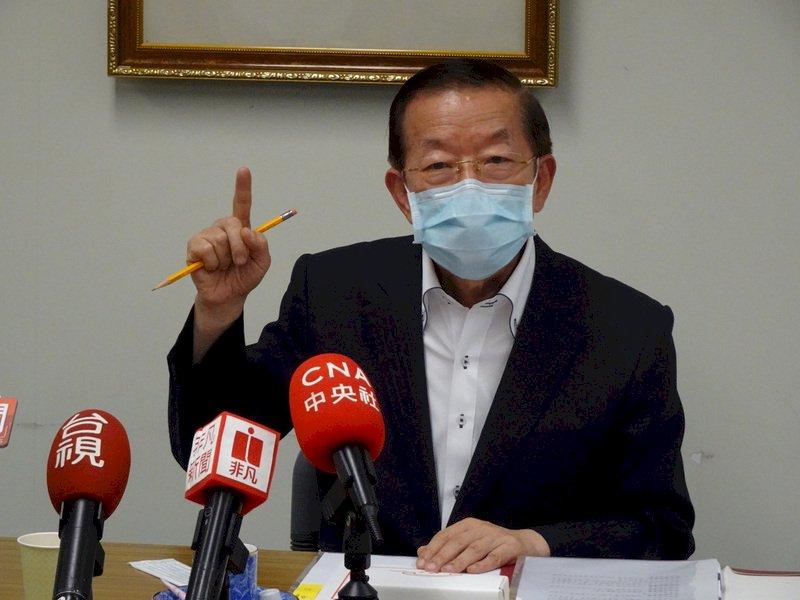 支持周庭 謝長廷:香港未來英雄出現了