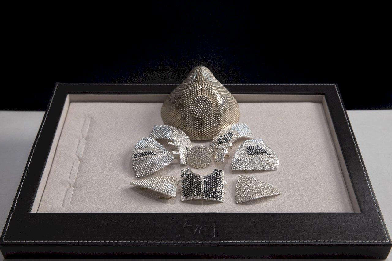 以色列打造4千萬天價鑲鑽口罩 買家是中國人