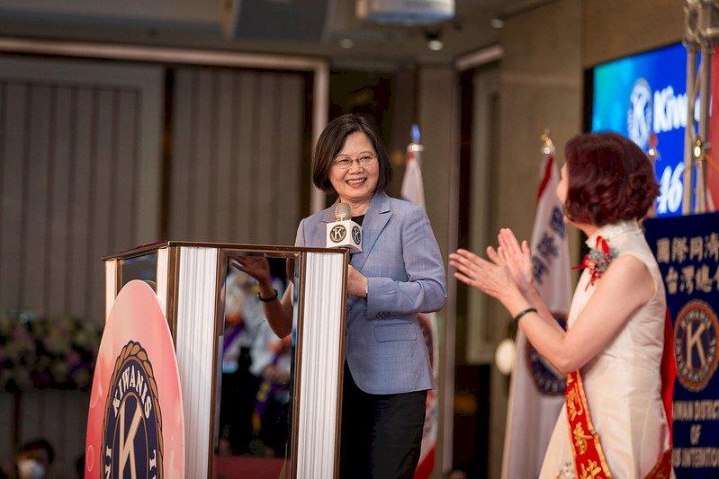 同濟會捐防疫物資援外 總統:讓世界看見台灣