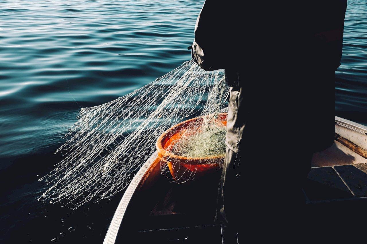 中國拖網漁船濫捕破壞海洋環境 國際社會應予正視並制止