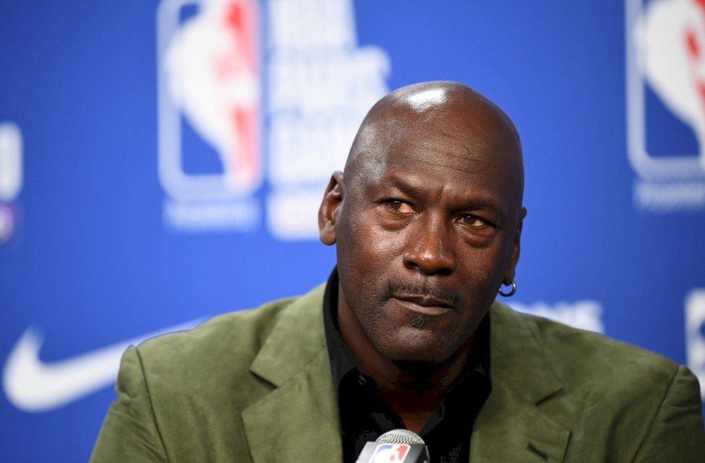 籃球之神喬丹居中協調 NBA球員決定打完季後賽
