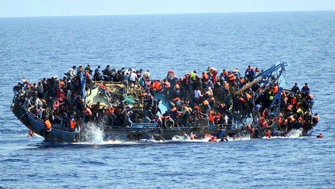 海上悲歌 義大利外海移民船火燒至少3人喪生