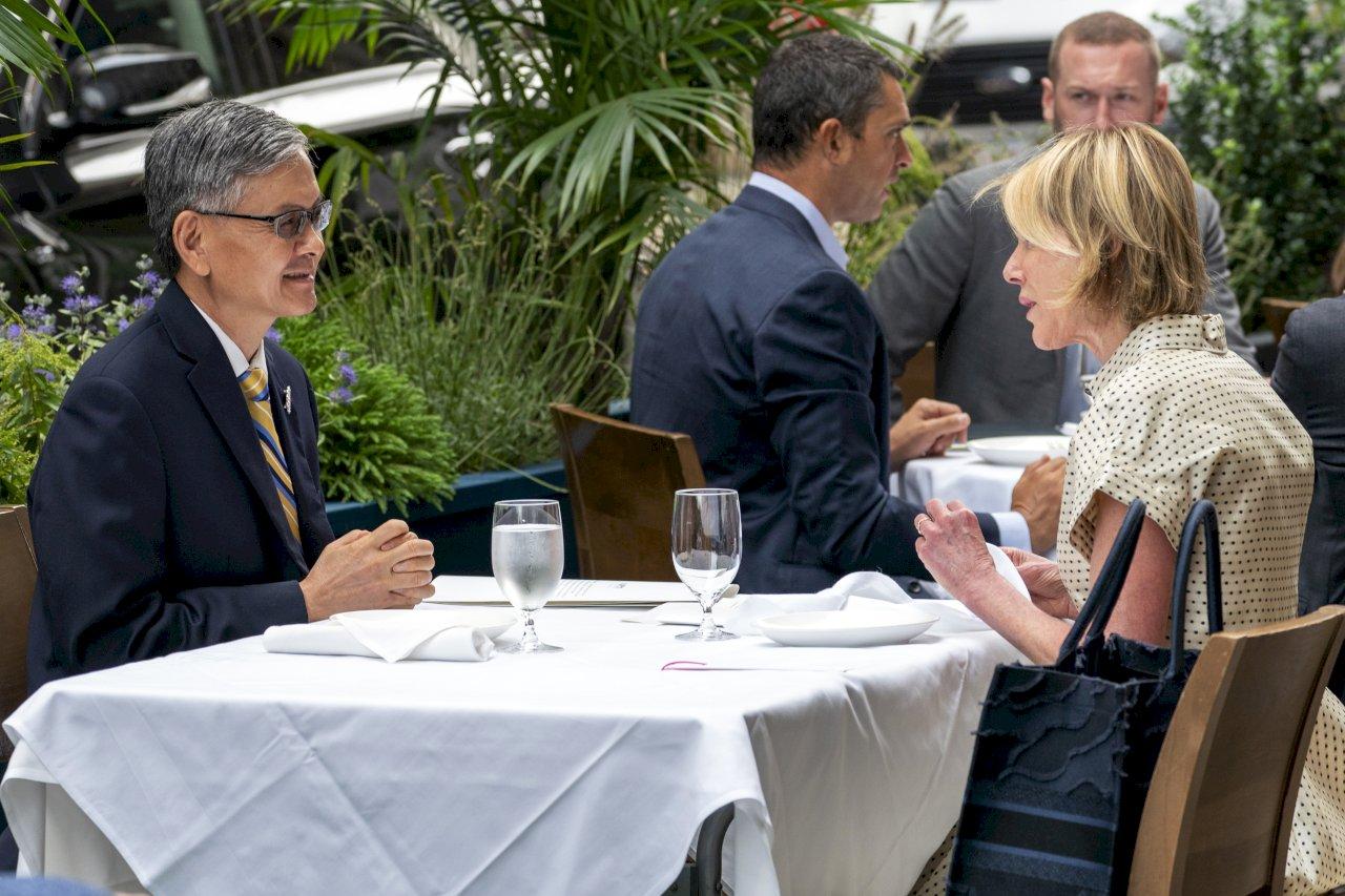 美駐聯合國大使首度會晤駐紐約辦事處長