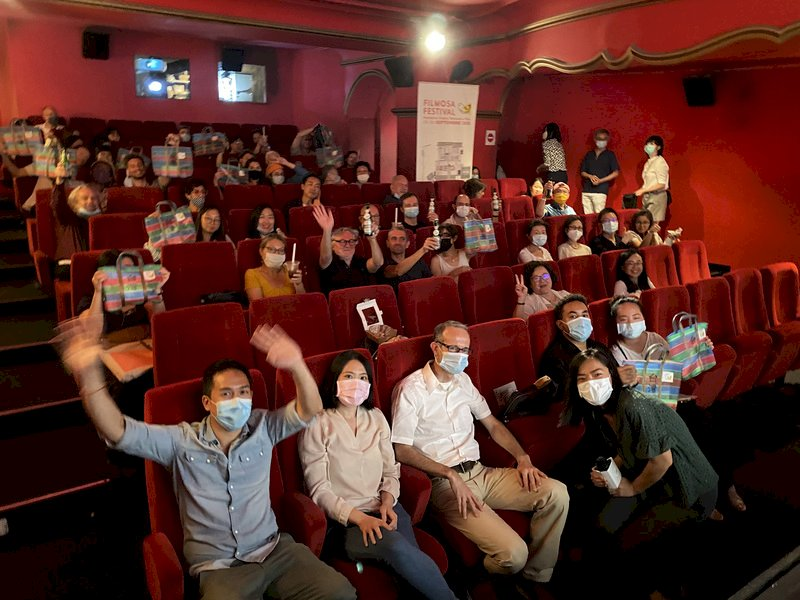 巴黎台灣電影節配珍奶刈包 題材多元觀眾驚艷