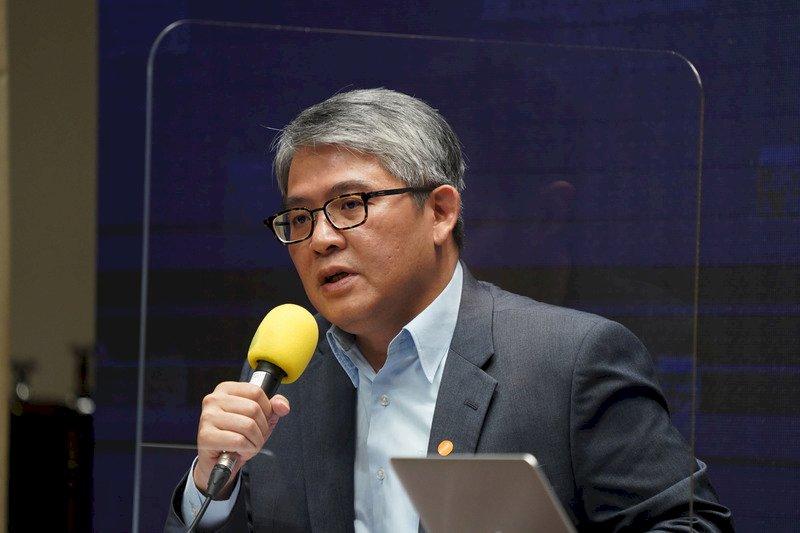 推動數位身分證 唐鳳、徐國勇確定合體直播