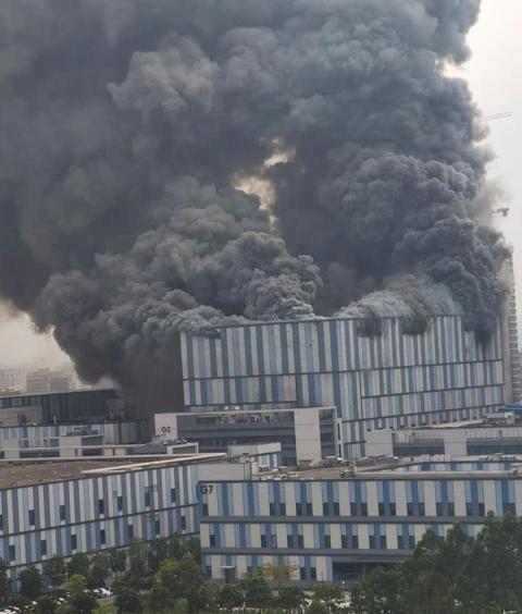華為東莞建築物著火 無人傷亡