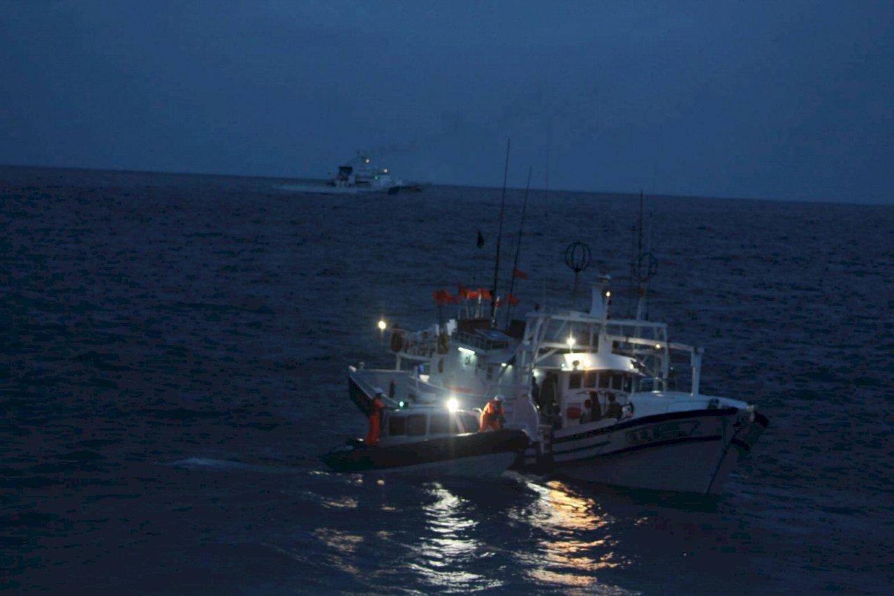 蘇澳籍漁船遭日船擦撞平安返港 海巡:協助漁民對日協商