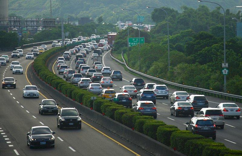 中秋連假第3天國道將現北返車潮 估10路段易塞