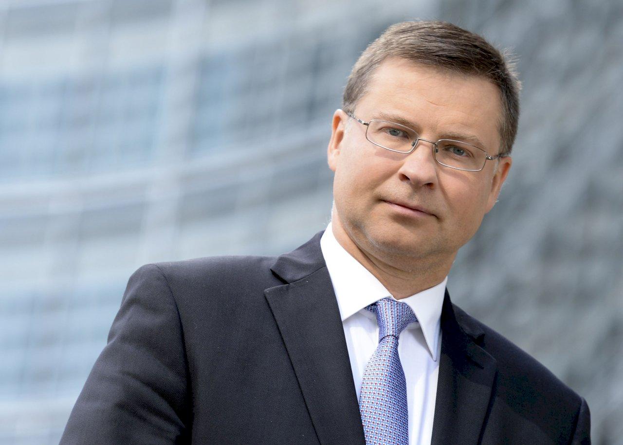 制裁大戰升溫 歐盟貿易執委:恐危中歐投資協定