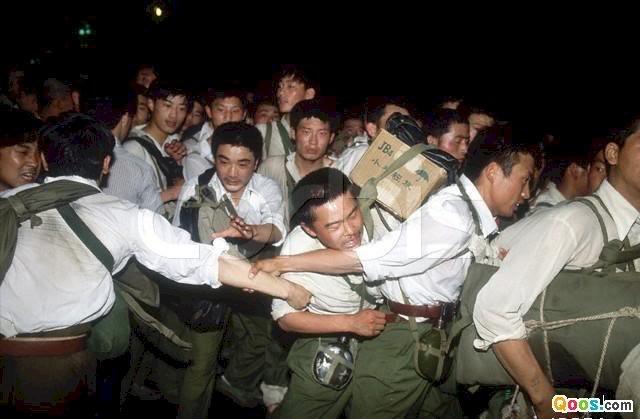 我的一九八九系列》戒嚴部隊開始實施清場行動 我和劉蘇里遭到武警截查