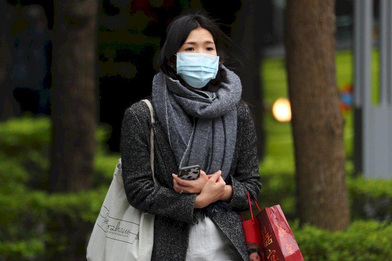 東北風挾帶溼冷空氣 北台灣晚間降雨機率增