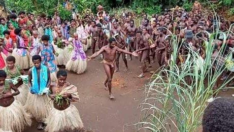 萬那杜原住民照片裸露違規? 臉書:系統誤判