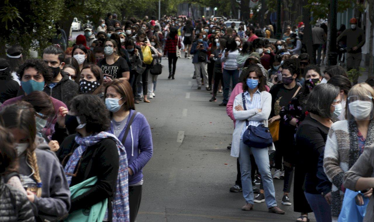 疫情嚴峻 智利總統擬延後制憲議會選舉