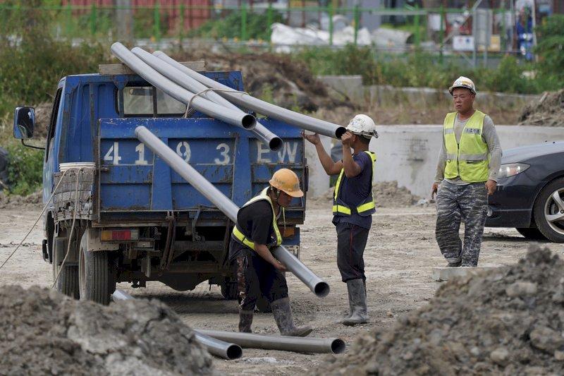 勞保、勞退金額有誤?勞保局提供4個網路查詢管道