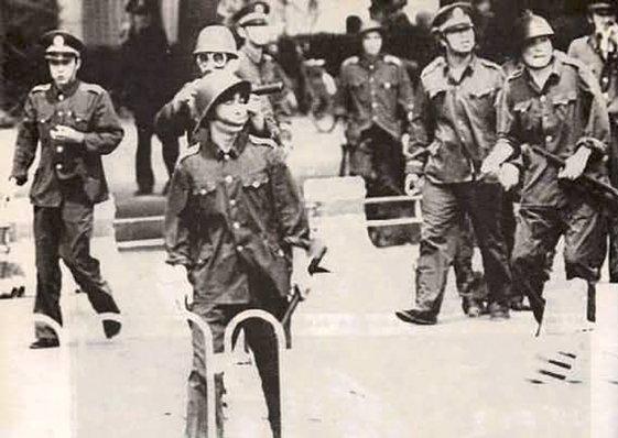 我的一九八九系列》戒嚴部隊彈藥車六部口受阻 王軍濤提議實地觀察情勢