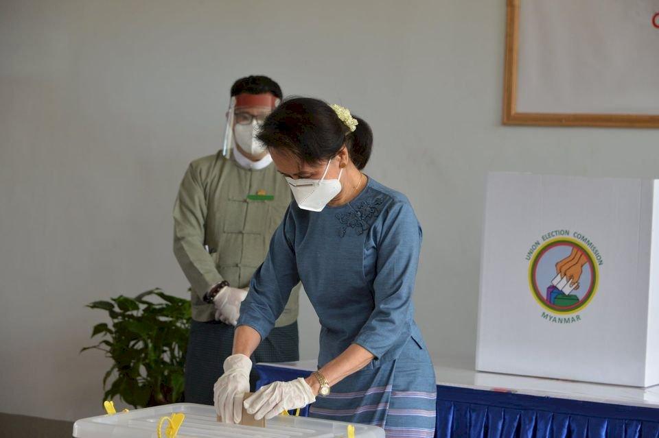 緬甸執政黨老人精英掌權 年輕人心灰意冷看不見未來