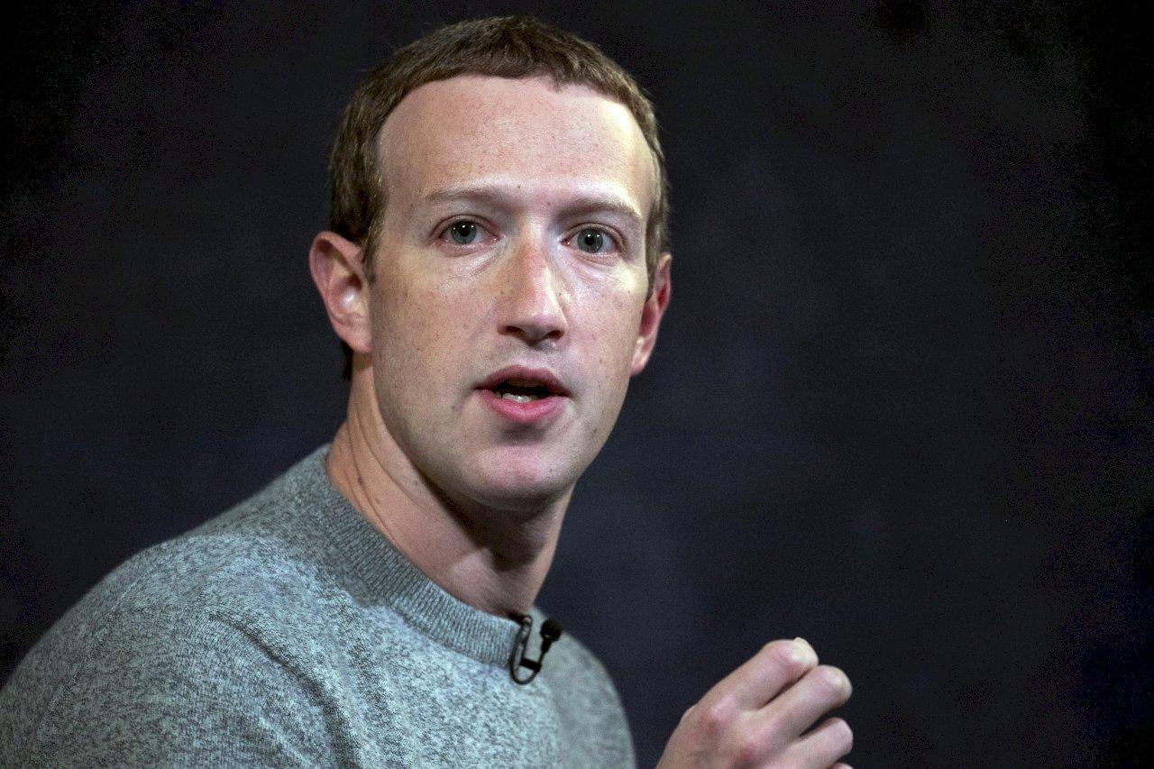 臉書高層吐露心聲:祖克柏是統治20億人國王