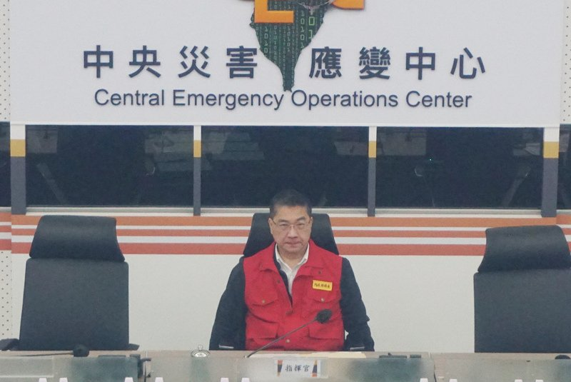 閃電暴風圈進入東南海面 災防中心:提高警覺 加強防颱