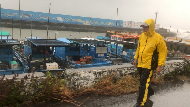 颱風閃電漸遠離  全台3人輕傷