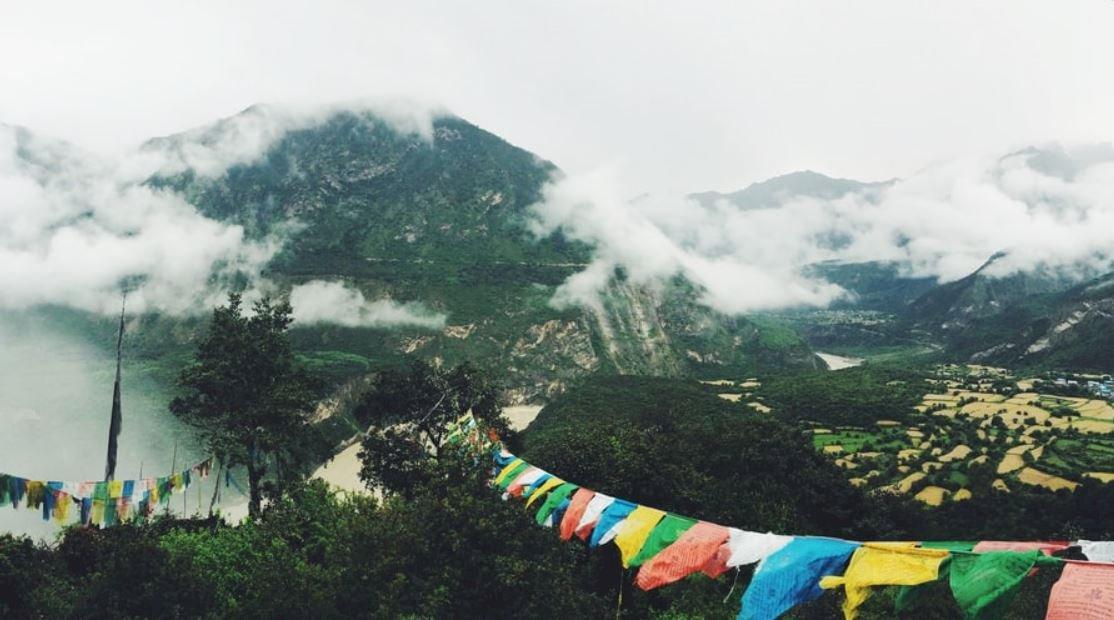 以脫貧之名行掠奪之實!西藏邊境小康村是定居殖民的擴張