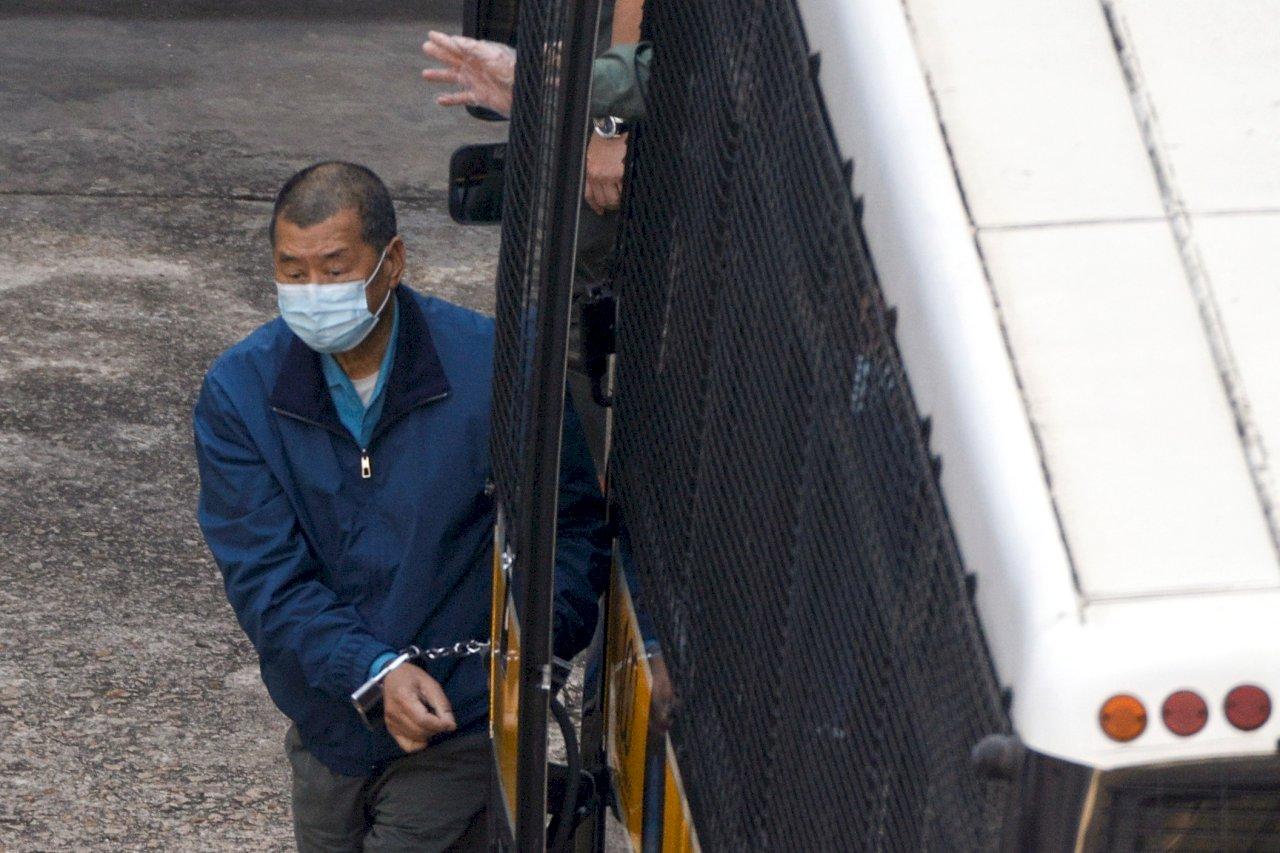 黎智英被依違反國家安全法起訴