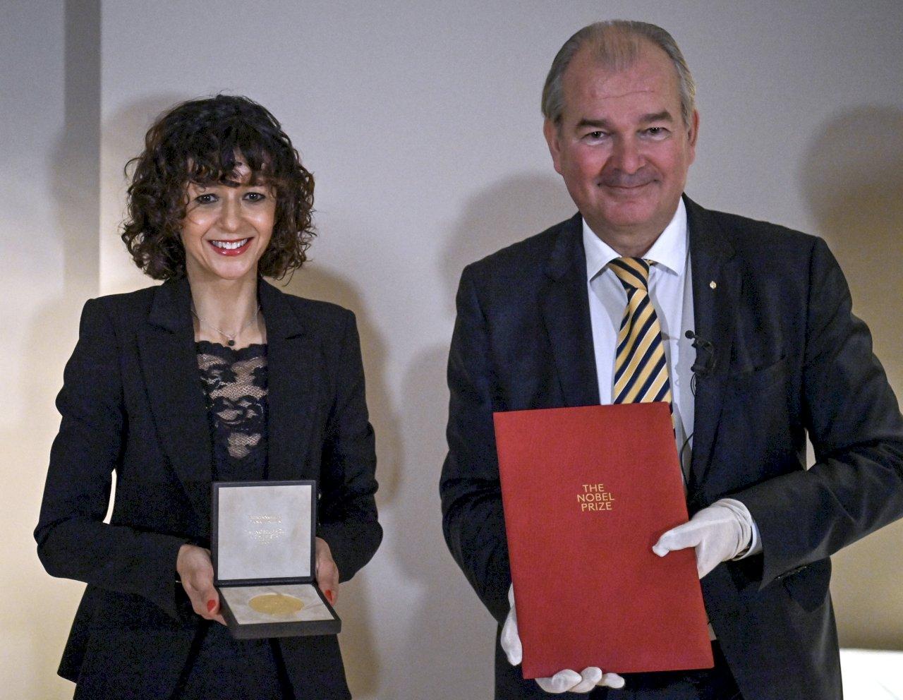 疫情影響 諾貝爾獎得主在各自老家領獎