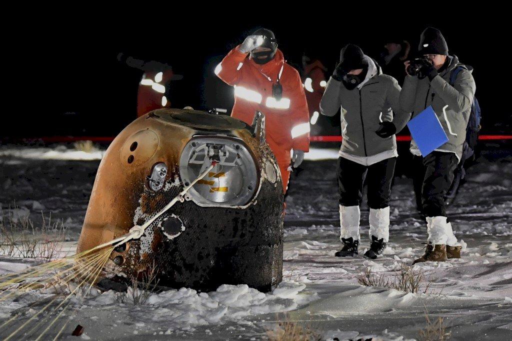 月球角力戰 嫦娥五號採集樣本安返地球