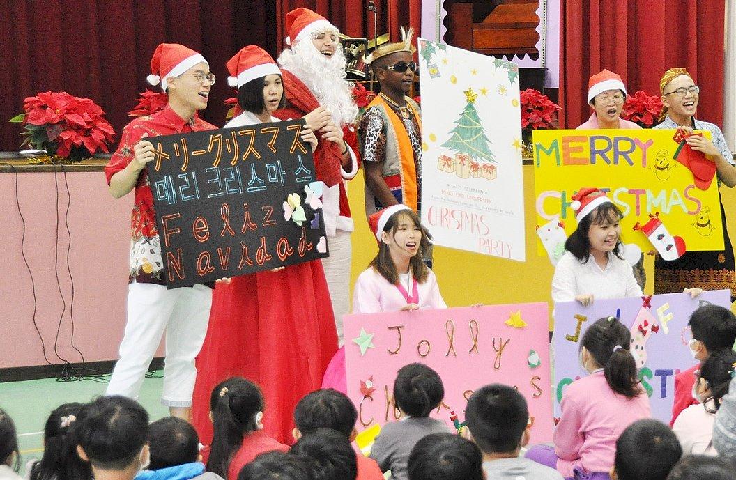 歡慶聖誕節 印、泰6國大學生找「童」樂
