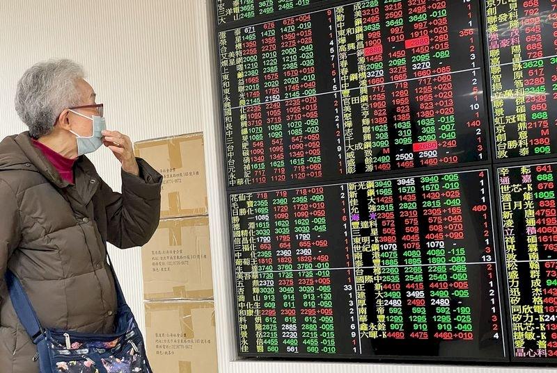 股匯雙漲 台股續創高 新台幣盤中狂升5角