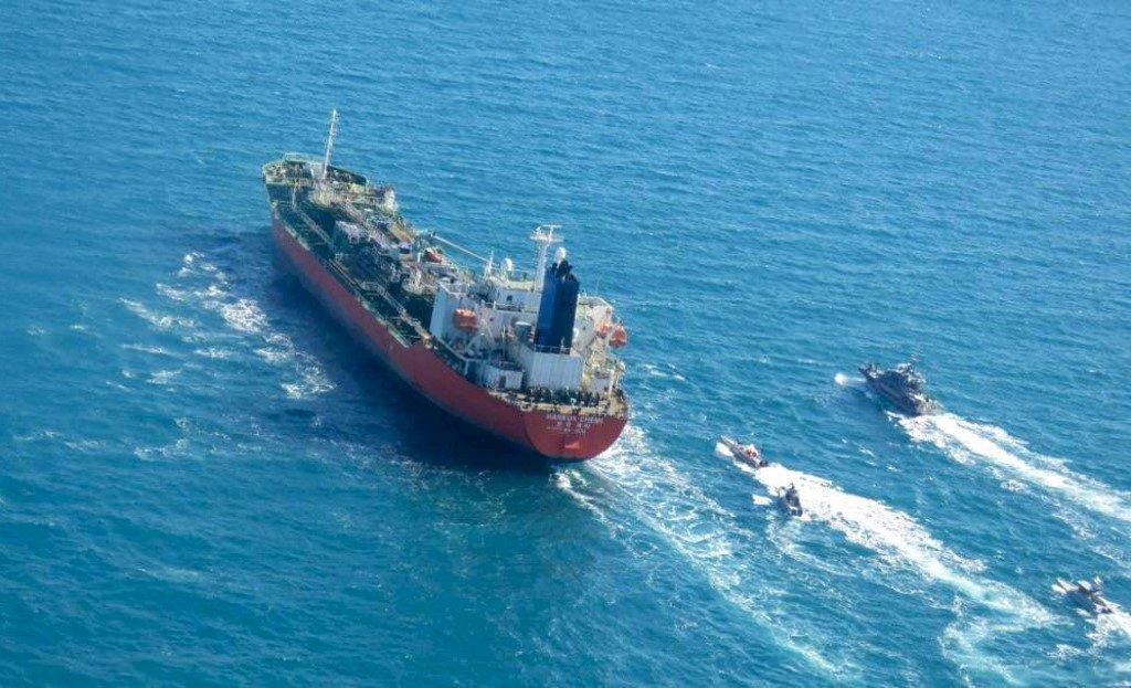 波灣緊張升高伊朗提高鈾活動並扣押南韓油輪