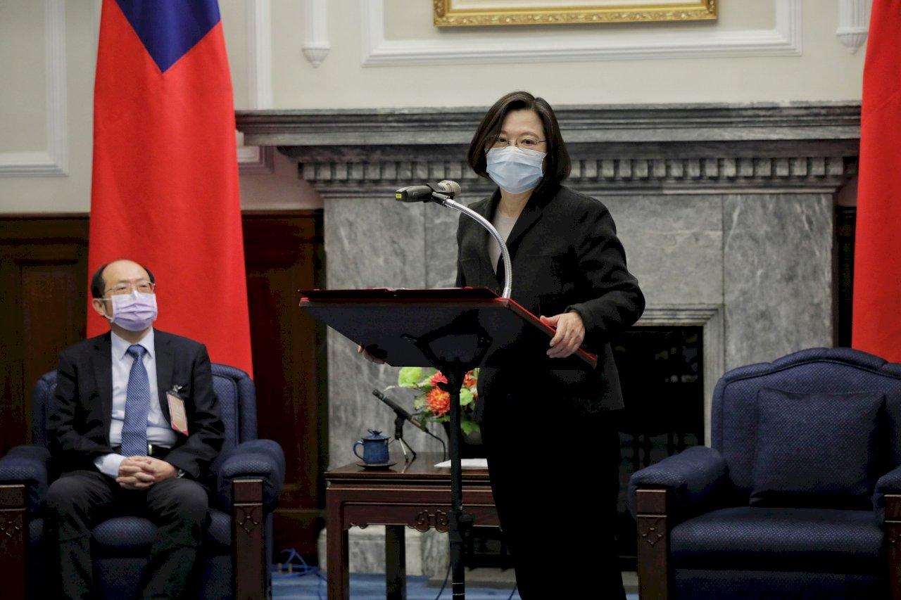 總統:投76億吸引AI物聯網國際大廠加碼投資台灣