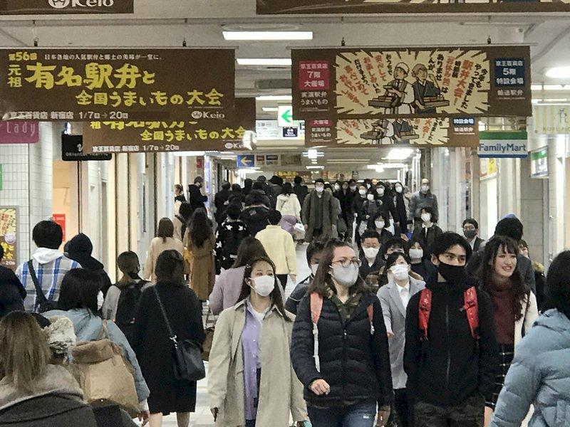 日本研擬3度發布緊急事態 對象為大阪東京兵庫
