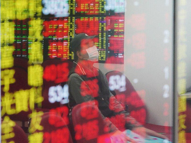 台股指數盤中再創新高 權值股助攻衝上16816點
