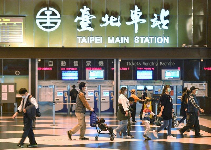 花蓮規模5.7地震 台鐵37列次誤點影響4800名旅客